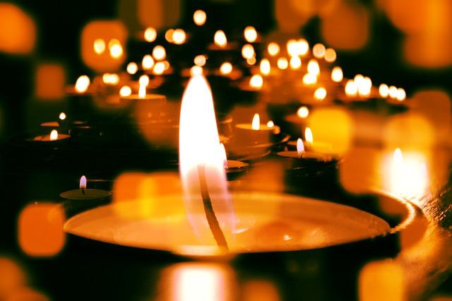 Świece zapachowe – idealny dodatek do każdego wnętrza